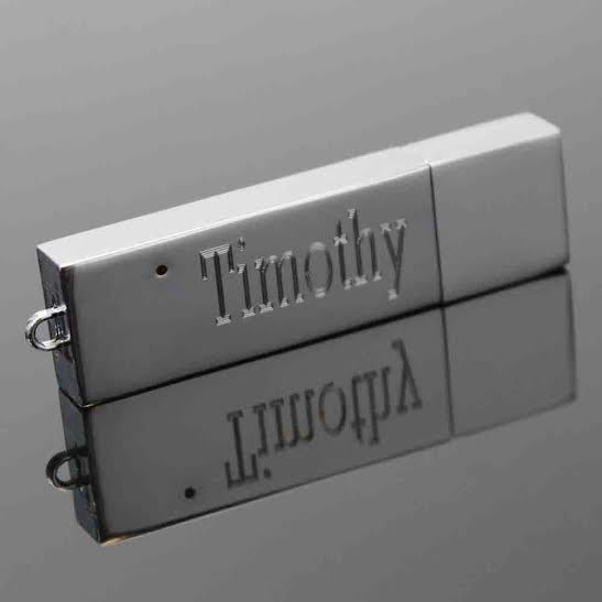 Engravable Flash Drive - Allyanna Gifts