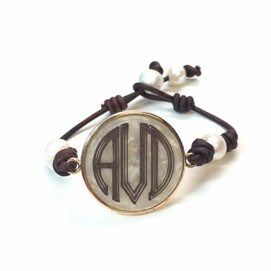 Engravable Creme Marble Leather Bracelet - Allyanna Gifts