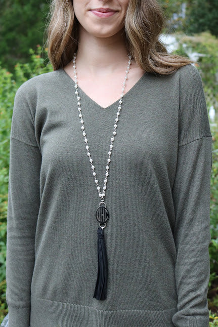 Black Tassel Pearl Engravable Necklace - Allyanna Gifts