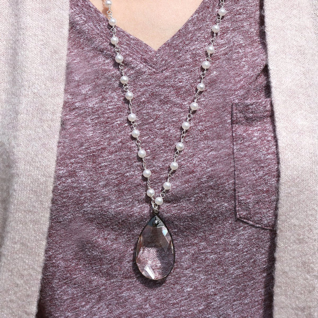 Beaded Pearl Necklace with Tear Drop Pendant