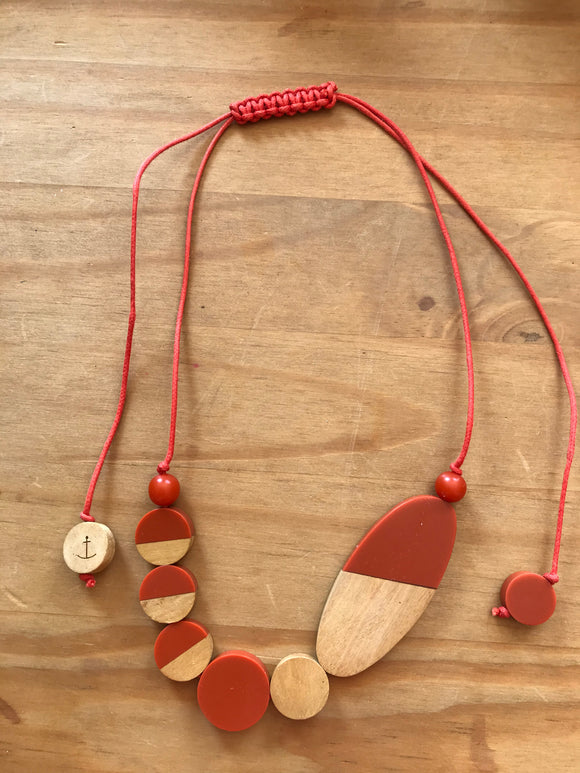 Seasalt necklace orange wooden beads