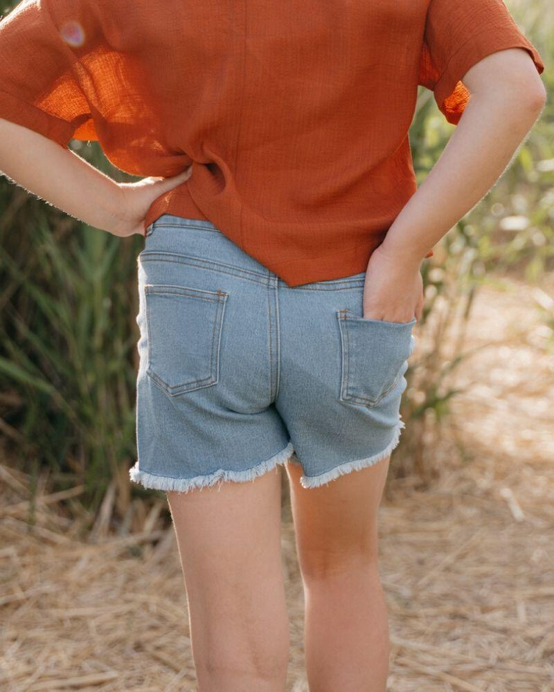 Skylar Shorty Shorts - Light Denim