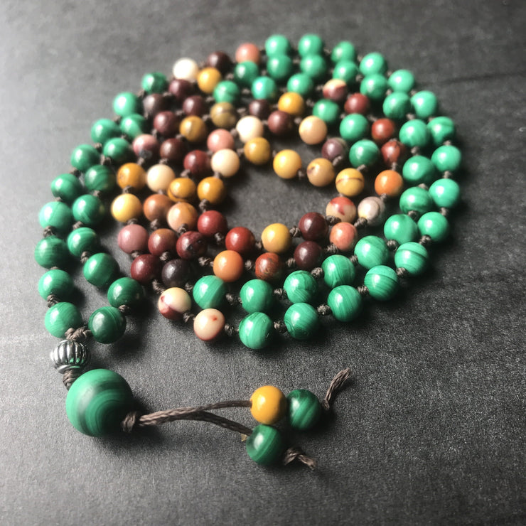 Malachite / Mookaite mala necklace
