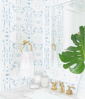 powder room wallpaper blue and white, blue and white half bathroom ideas, wallpaper ideas bathroom, small bathroom wallpaper ideas, coastal living powder room, light and airy powder room, charleston interior design