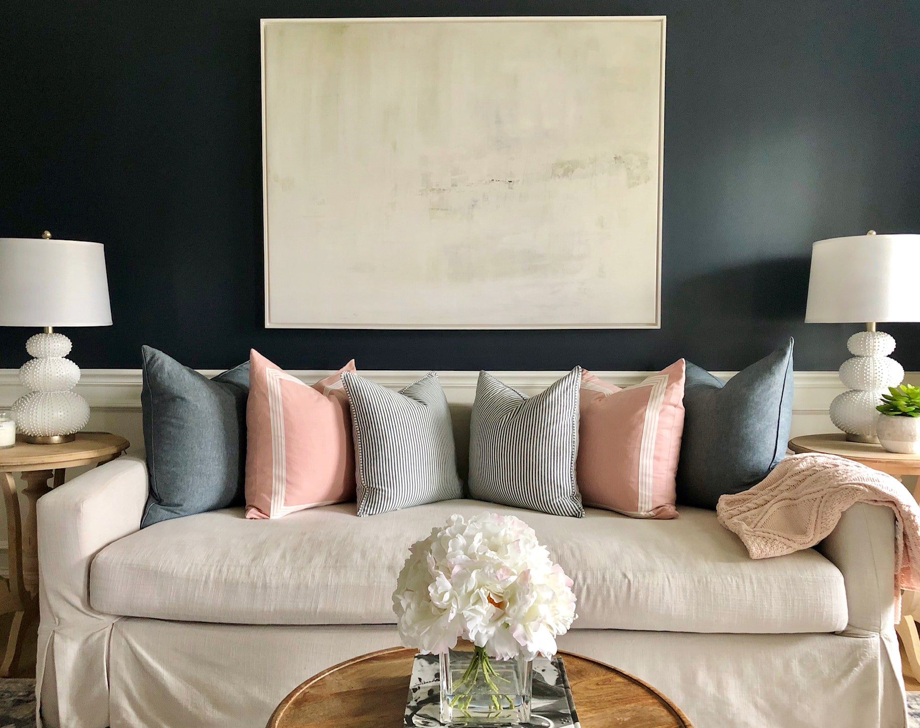 white art gray paint color charcoal paint color black paint walls living room art with black walls art with dark grey walls white painting canvas
