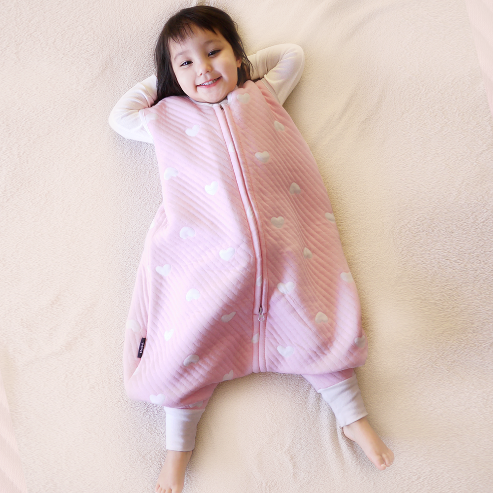 Dreamy Hearts Free-Feet Sleepsack