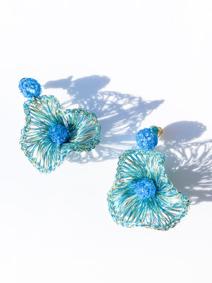 Small Wire Flower in Turquoise