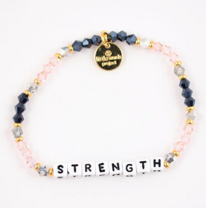 Strength Bracelet in Belle
