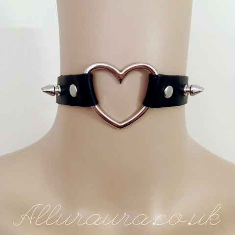 Spiked Heart Choker (Black)