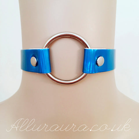 Iridescent O Ring Choker (Blue)