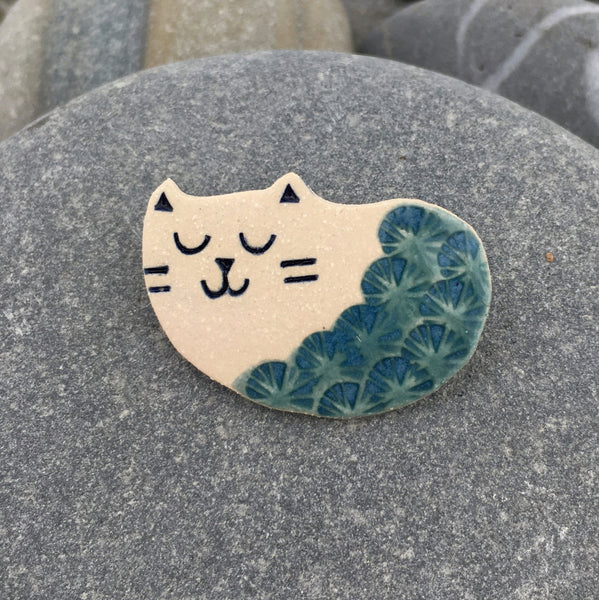 Porcelain Cat Brooch