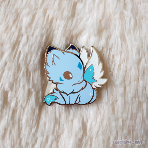 POLAR FAIRY WOLF PIN