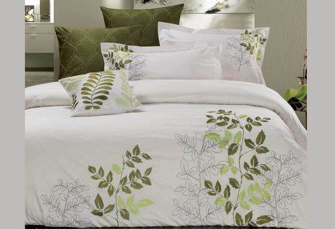 Queen Size Green Leaf Embroidery Quilt Cover Set (3PCS)