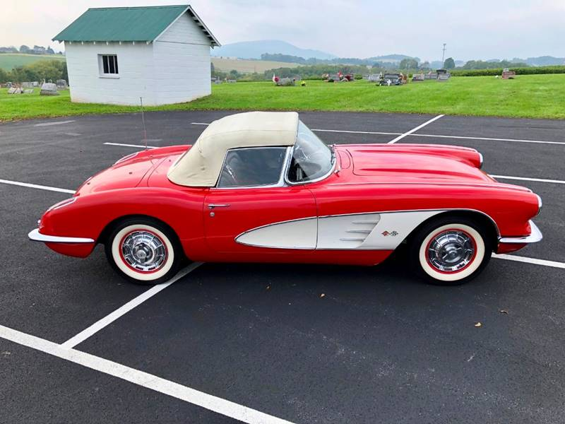 7 1960 Chevrolet Corvette Convertible