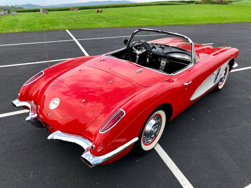 10 1960 Chevrolet Corvette Convertible