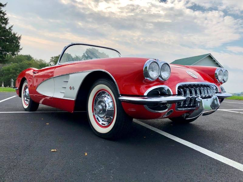 11 1960 Chevrolet Corvette Convertible