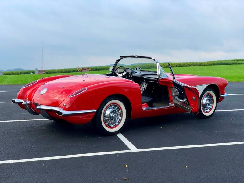 14 1960 Chevrolet Corvette Convertible