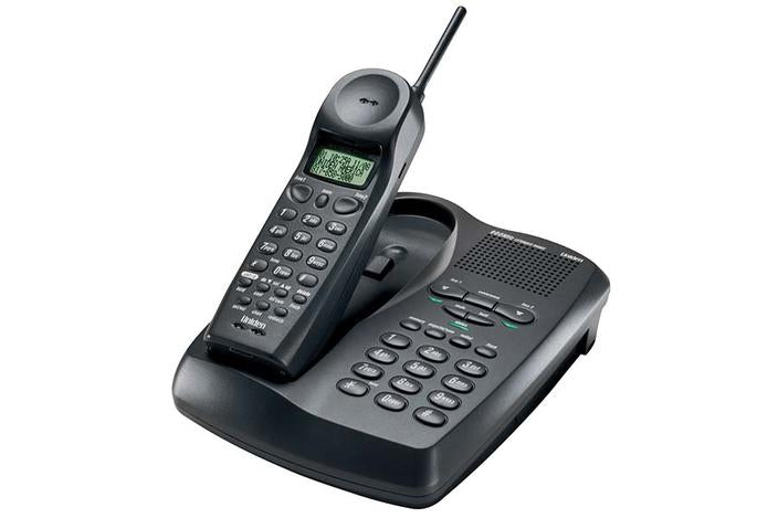 2-Line 900 MHz Cordless Phone with Dual Keypad, Call Waiting, and Call — Uniden America Corporation