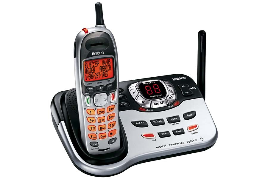 Cordless Digital Answering System with Dual Keypad