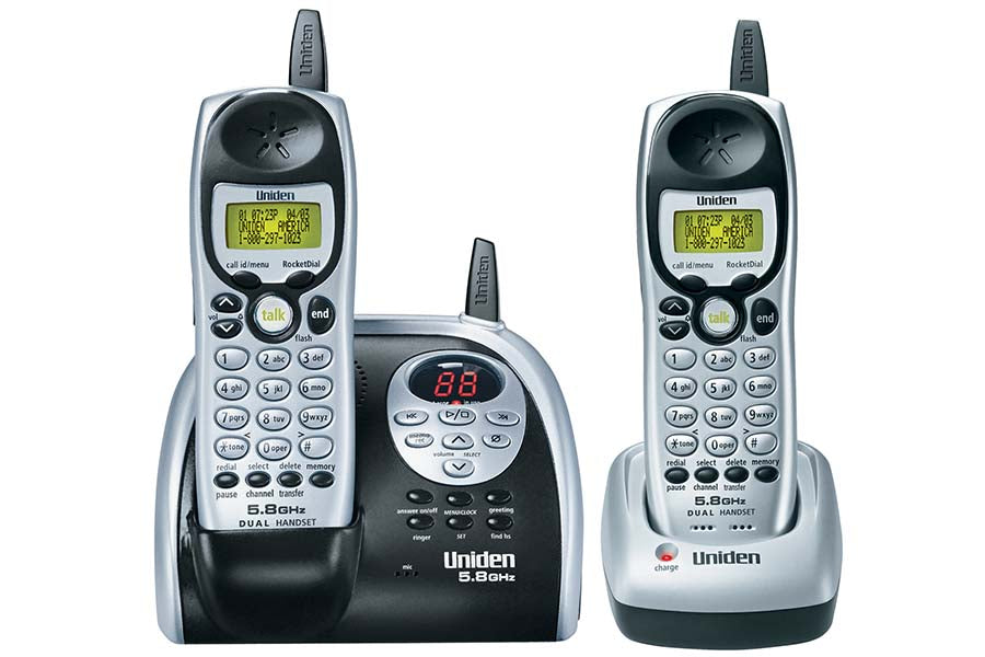 5.8 GHz Extended Range Cordless Phone with Caller ID and Digital Answering System - Dual Handsets