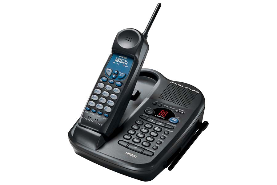 Digital 900 MHz Cordless Phone with Answering Machine/Dual Keypad/Speakerphone