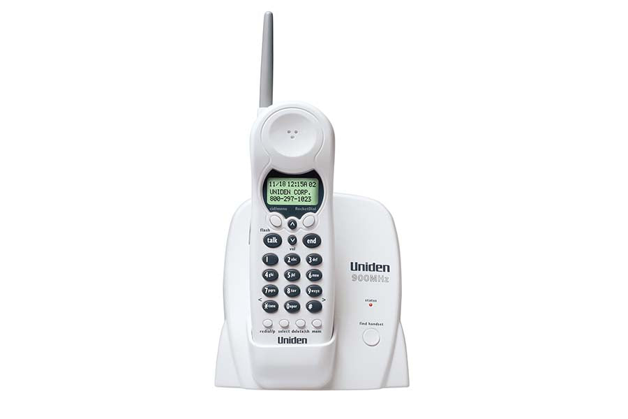 900 MHz Cordless Phone with Extended Range & One Touch RocketDial - Headset Included