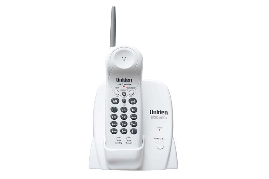 900 MHz Cordless Phone with Extended Range & One Touch RocketDial - EXP370
