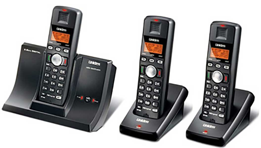 5.8GHz Digital Cordless Phone with 2 Extra Handsets
