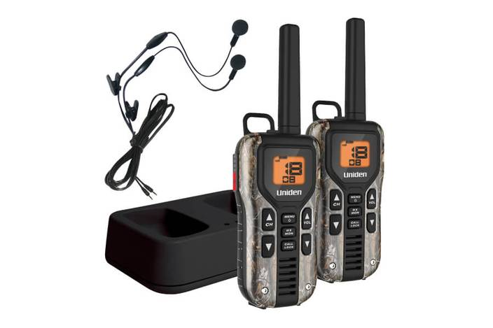 camo two way radio charger and headsets GMR4088-2CKHS walkie talkie uniden