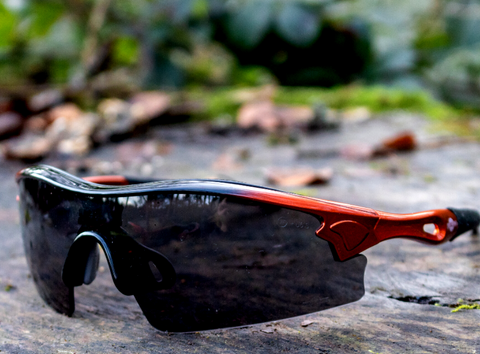 What Safety Glasses should I wear this Spring? ToolFreak discuss the benefits of smoke-tinted Safety Glasses!