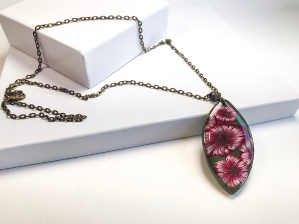 Bloom Pendant Necklace