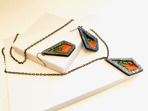 Liquid Fire Necklace Set