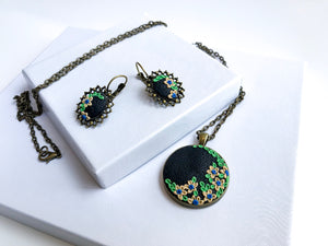 Vintage Blossom Necklace Set