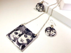 Radha Krishna- Eternal Romance Necklace Set