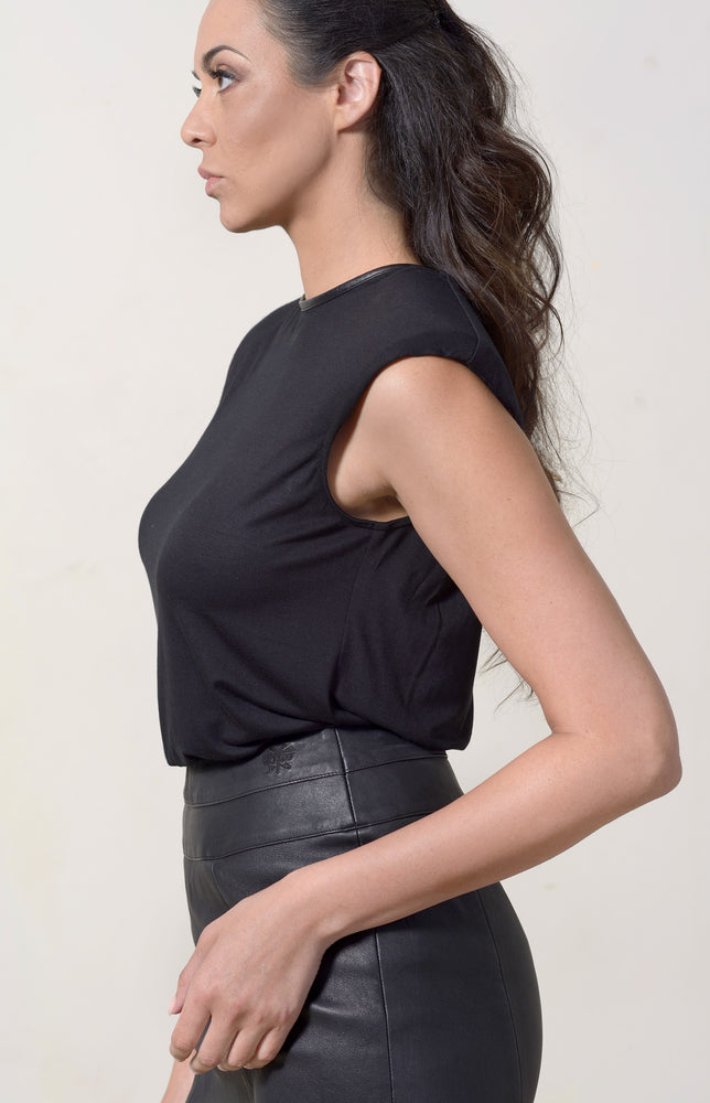 Black T-shirt Capped + Black Leather Neckline
