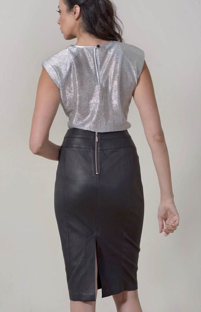 Silver T-shirt Capped + Silver Leather Neckline