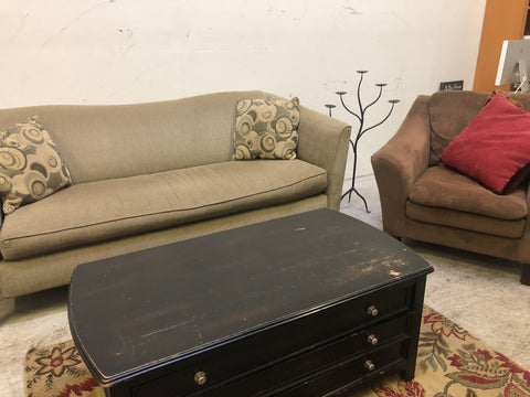 Sofa and Chair Set (DELIVERY INCLUDED)