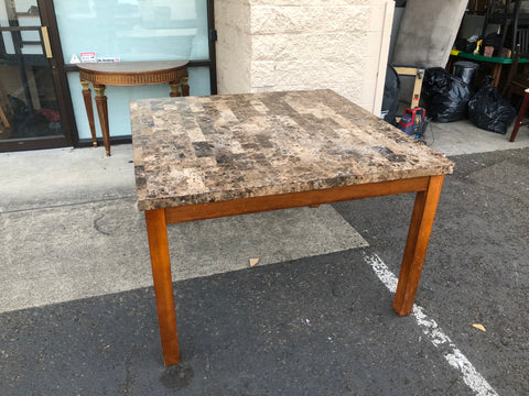 Solid Marble Dining Table (DELIVERY INCLUDED)