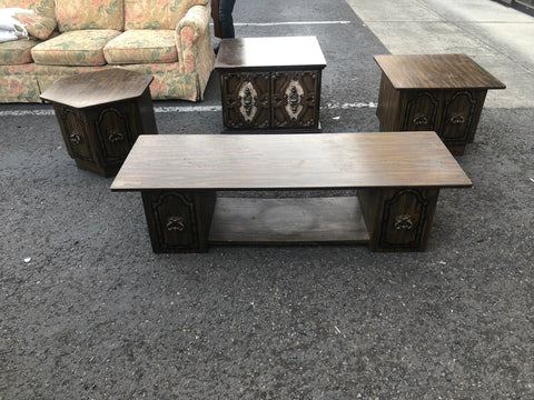 Vintage Table Set (DELIVERY INCLUDED)