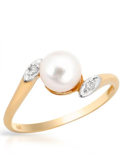 I1-I2 Round White Freshwater Pearl 14K Gold Ladies Ring Size 6 Weight 1.8g.