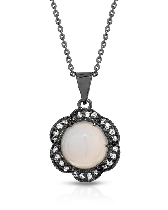 Cabochon White Moonstone Sterling Silver Ladies Necklace Weight 5.9g.