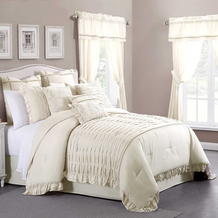 Polyester Cream 24 Piece Ultra Plush Polyester King Size Comforter Set