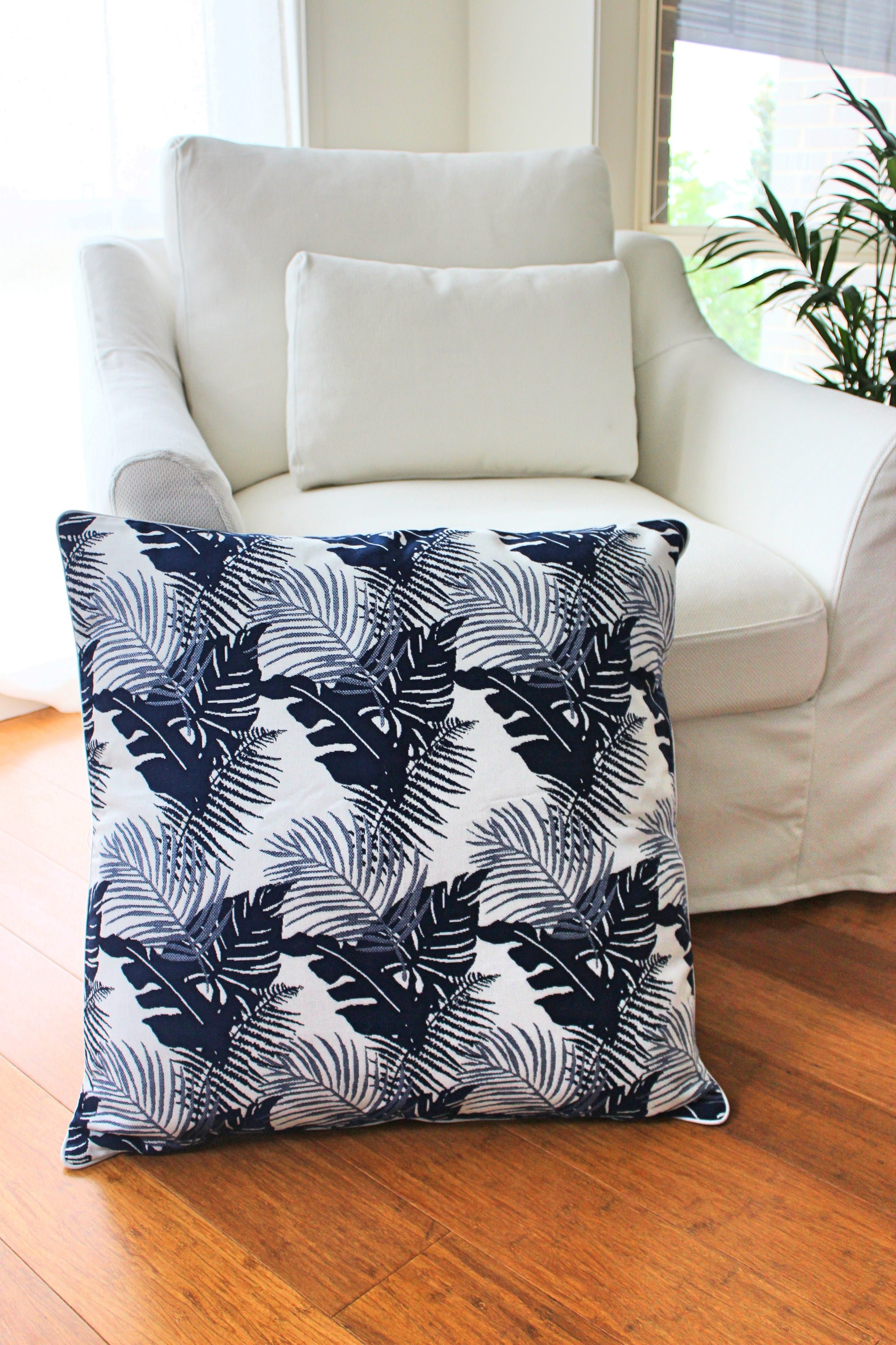 Tropical Palm Cushion- Navy