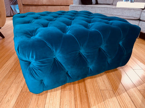 CHESTER - Big Ottoman Posh/Sea Kelp (The Sofa Company)