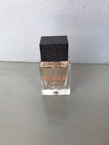 Rogue by Rihanna // 15ml