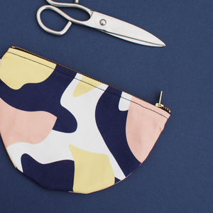 half-circle-cotton-purse-form-and-trace-pink-navy