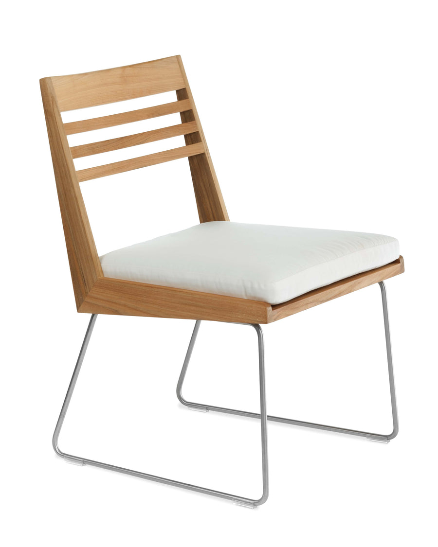 BR600  Dining Side Chair With Seat Cushion (3D+AR)