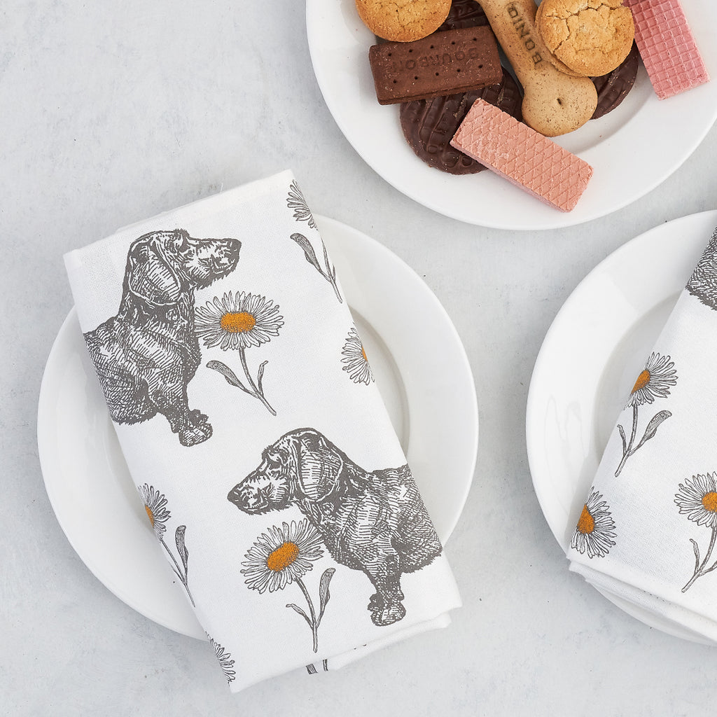 Dog & Daisy Napkin Set of Four