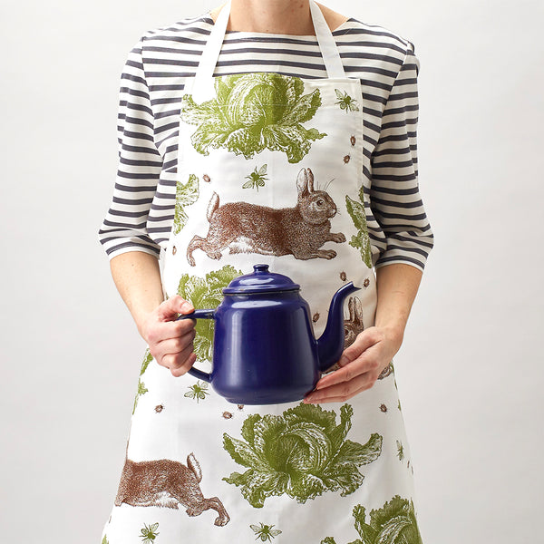 Classic Rabbit & Cabbage Apron