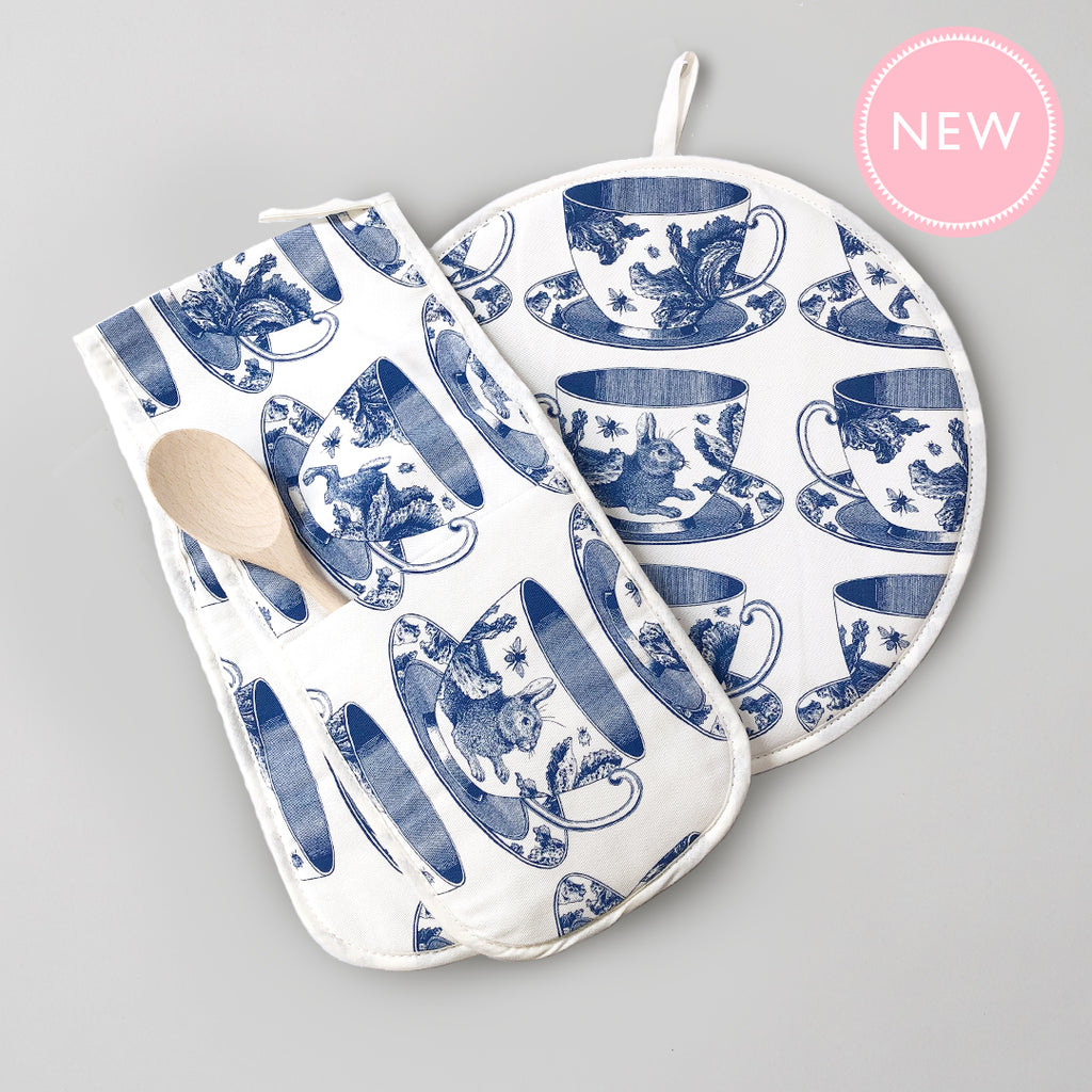 Teacup AGA Cover